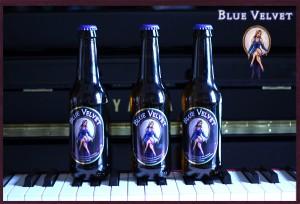 3-Blue-Velvet-con-piano02